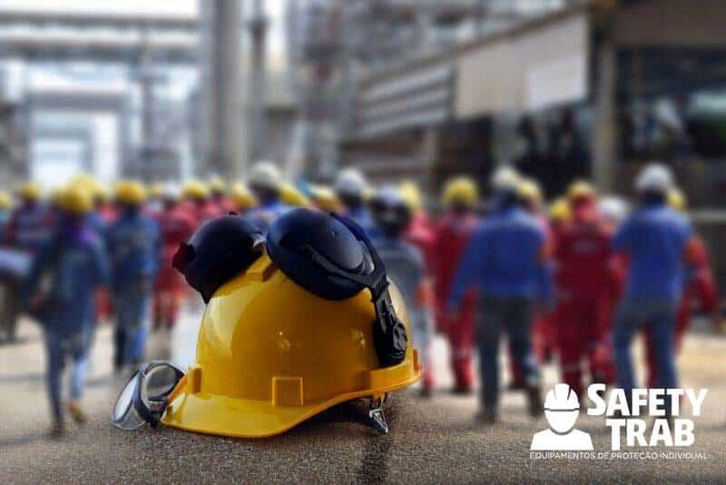 Confira 9 dicas de como melhorar a segurança no trabalho! 69b5d9b06c